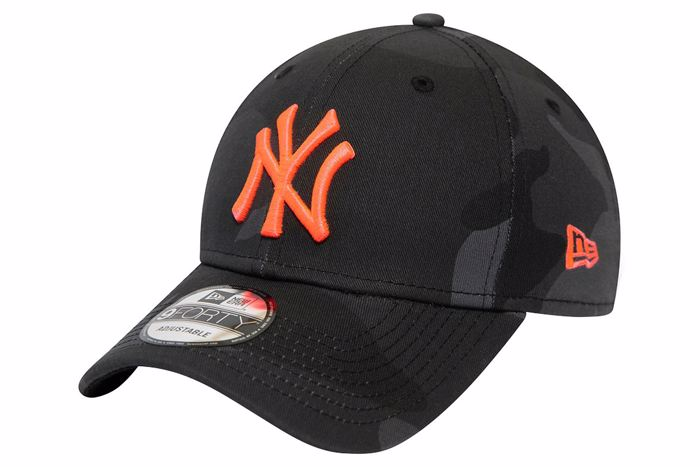 NEW ERA 9FORTY KAPELO NEW YORK YANKEES CAMO BLACK