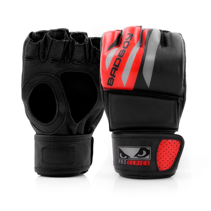 BAD BOY PRO SERIES Advanced MMA GLOVES BLACK/red